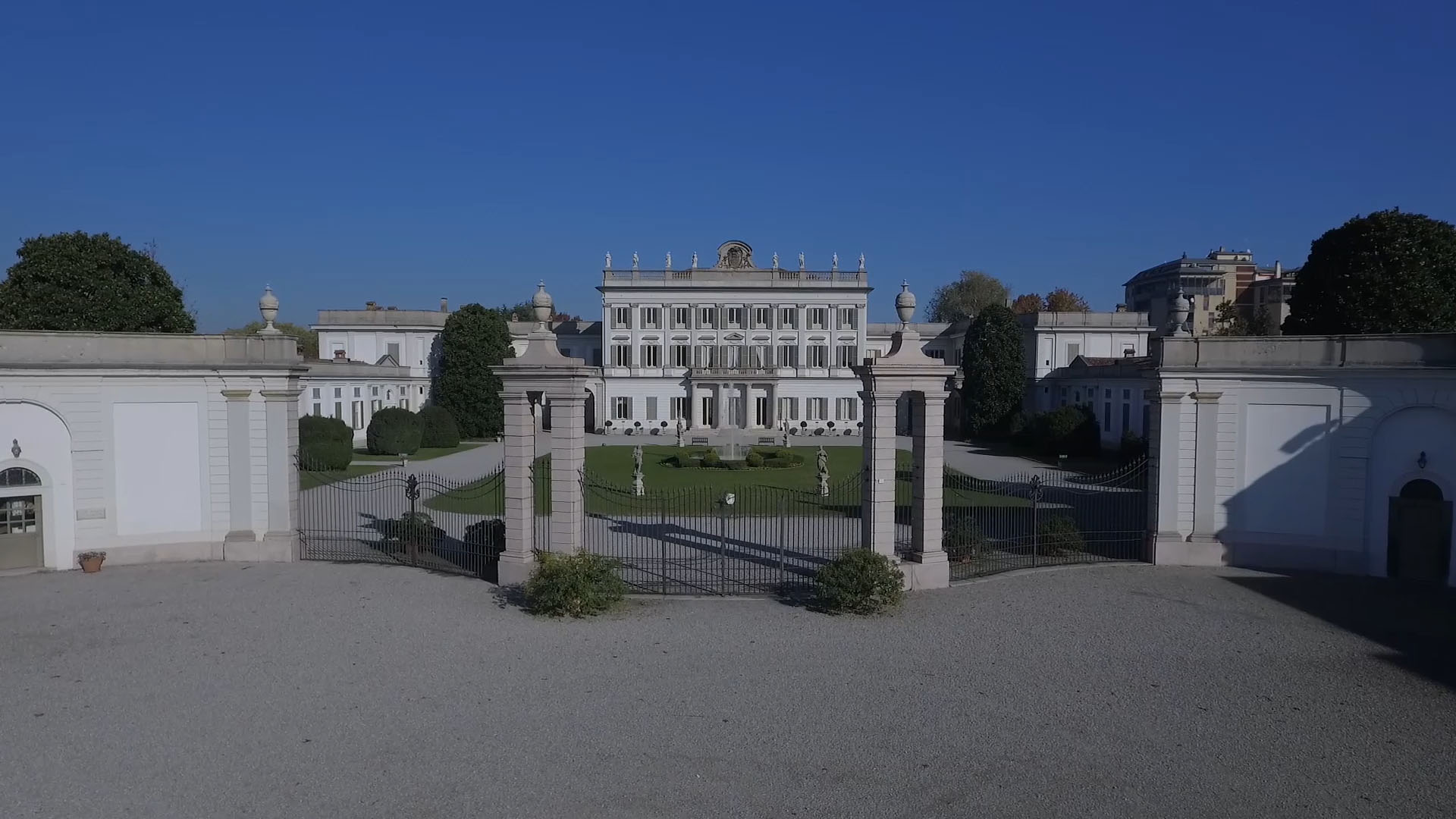 documentario Villa Borromeo